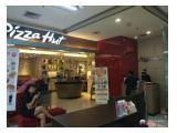 Dekat dg Pizza hut