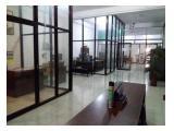 Disewakan Tempat Usaha / Kantor di Jalan Veteran Surakarta - LB 1229m2 Listrik 11.000 Watt